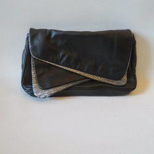 DANIELLE NICOLE BLACK/SILVER FAUX LEATHER CLUTCH*